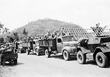 collectie_tropenmuseum_militaire_kolonne_tijdens_de_eerste_politionele_actie_tmnr_10029135